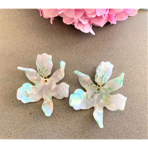 LELE SADOUGHI Small Paper Lily Post Earrings Ivory